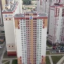 Колекторна вул., 34