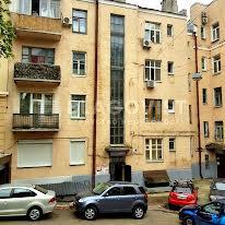 Костьольна вул., 6