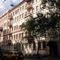 Станіславського вул., 3