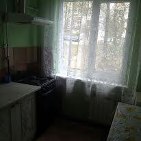 Космонавтів вул.