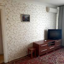 Батумська вул., 7