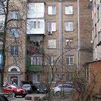 Волинська вул., 17