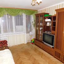 Володимира Великого вул., 49