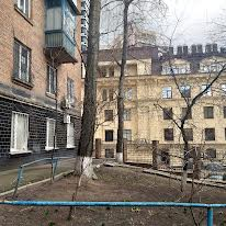 Первомайського Леоніда вул.