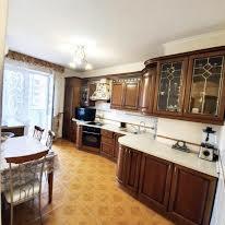 Микільсько-Слобідська вул., 2б