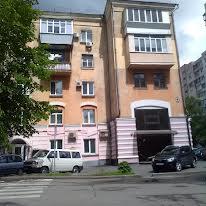 Кирило-Мефодіївська вул., 14
