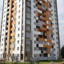 Домобудівельна вул., 3