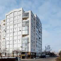 Петровського вул., 55