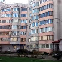 Бульвар Богдана Хмельницкого, 4