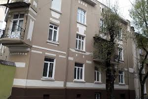 Магазинова вул., 3