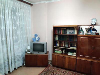 Бровари, Черняховского