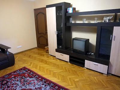 Лесі Українки бульв., 28