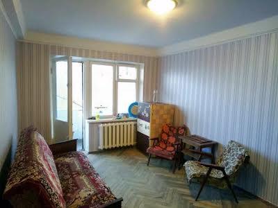 Саратовська вул., 55