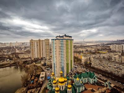 Шумського Юрія вул., 1Б