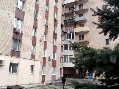 Бровари, Грушевского, 1