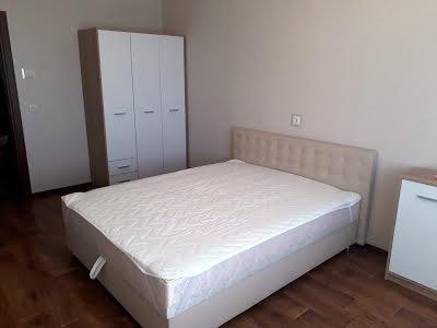 Сергія Данченка вул., 5