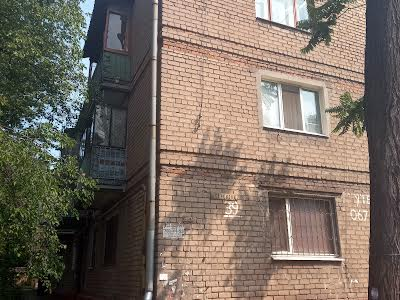 Сєченова вул., 39