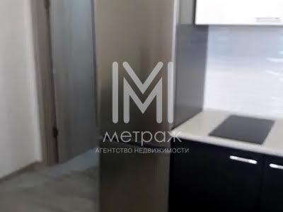 Домобудівельна вул., 11