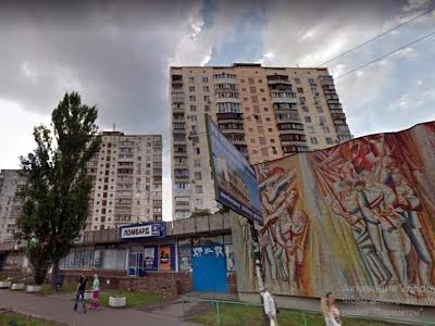 Малишка Андрія вул., 15