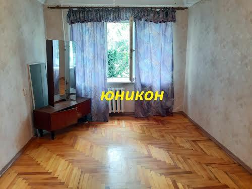 Північнокільцева вул., 25