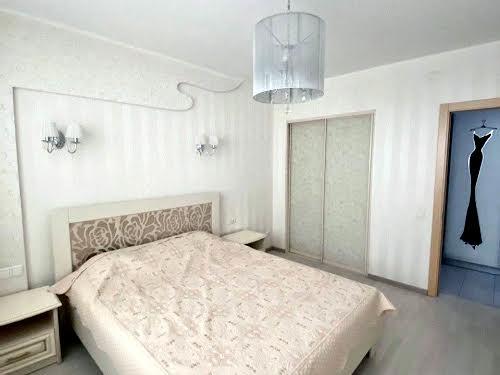 Гонти Івана вул., 7