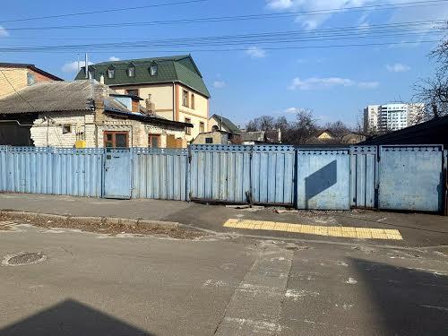 Зелена вул., 15