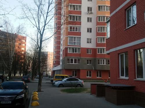 Цілиноградська вул., 58а
